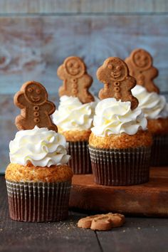 Gingerbread Latte Cupcakes #coffee #recipes