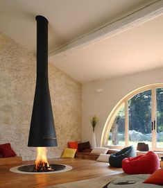 I love this family room. Modern Fireplace.