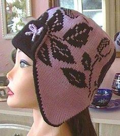 Делюсь описанием еще одной шапки.Интересный фасон - ушки ,козырек,жаккард.