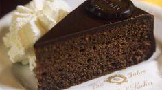 La Vegan Sacher Torte è un mustdella tradizione dolciaria…