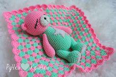 Amigurumi Sleeping Bear-Free Pattern