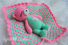 Amigurumi Sleeping Bear-Free Pattern
