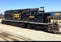 RailPictures.Net Photo: CSXT 8909 CSX Transportation (CSXT) EMD SD40-2 at Huntington, West Virginia by Brian Gessel