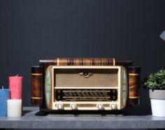 """Bluetooth 1952 """"Radiola"""" vintage radio (50W Classe AB)"""