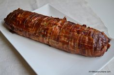 Chiftea la cuptor in bacon - rulada sau drob de carne Romanian Food, Meat Loaf, Cookie Recipes, Bacon, Sausage, Food And Drink, Low Carb, Yummy Food, Beef