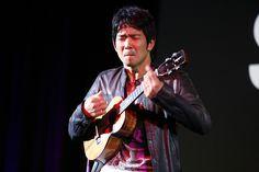 Ukulele virtuoso Jake Shimabukuro rocks the stage.
