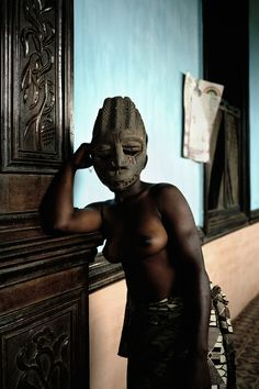 Leonce Raphael Agbodjelou Born in 1965 in Porto-Novo, Benin. Lives and works in Porto-Novo Nova, African Art Paintings, Contemporary African Art, Modern Contemporary, Saatchi Gallery, African Artists, African Masks, London Art, Color Photography
