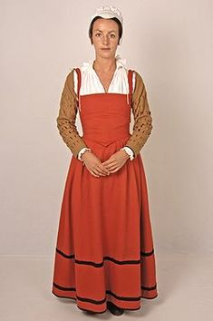 Elizabethan Kirtle | A beautifully fitted creation! Description from pinterest.com. I searched for this on bing.com/images