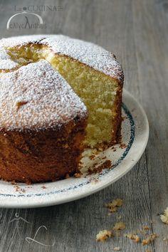 chiffon cake, La cucina di calycanthus http://lacucinadicalycanthus.net/wp-content/uploads/2014/03/chiffoncake.jpg
