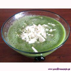 Gazpacho mit Schafskäse unsere Gazpacho mit Schafkäse schmeckt im Sommer und macht schlank vegetarisch glutenfrei