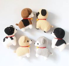Dog And Puppies Happy .Dog And Puppies Happy Amigurumi Doll, Amigurumi Patterns, Crochet Patterns, Gato Crochet, Crochet Dolls, Dog Breeds Little, Homemade Dog Toys, Dog Grooming Business, Grooming Shop
