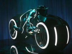 Future Motorbike, Tron 2, Light Cycle, Comic Con, Futursim