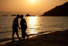 Engagement shoot in Naxos island