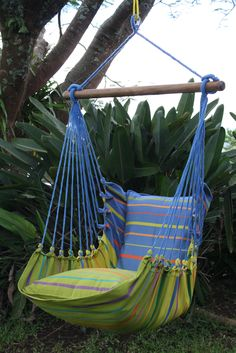Hammock chair, made in El Salvador. THis is where my family is from. Going there this summer, DEFINITELY bringing one of these back with me...or a few ;)