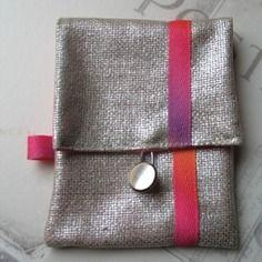 Pochette de sac fluo dynamik  en argenté et fluo
