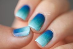 blue to mint gradient