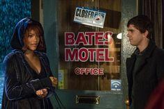 #Rihanna checks into #BatesMotel