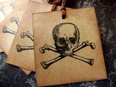Skull and Cross Bones // Halloween Gift Tags // Set of 6