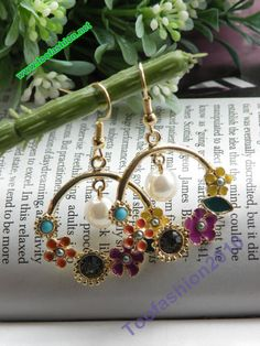Pretty retro gold flower with white bead by toofashion2010 on Etsy, $4.99