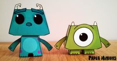 Sully and Mike paper toys (via Paper Toy) which is in French, but the patterns are not so difficult. Monsters Inc, Disney Monsters, Minions, Pixar, Mike And Sully, Papercraft Download, Monster Inc Party, Crochet Amigurumi, Paper Crafts Origami