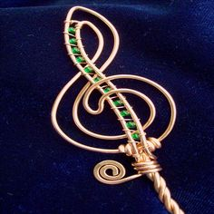 Treble Clef Bubble Wand Perfect Gift for a by PurpleBusStudio Bubble Wands, Precious Children, Treble Clef, Music Notes, Copper Wire, One Pic, Party Favors, Glass Beads, Bubbles
