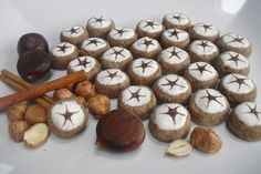 Maroni - Taler 3 Fabulous Foods, Cookie Jars, Four, Food Design, Biscotti, Christmas Cookies, Nom Nom, Bakery, Stuffed Mushrooms