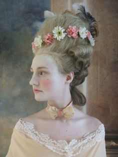 Rokoko Portrait ~ Century Aristocratic Woman Hair and Makeup 18th Century Dress, 18th Century Costume, 18th Century Fashion, Historical Costume, Historical Clothing, Costume Marie Antoinette, Baroque, Historical Hairstyles, Rococo Fashion