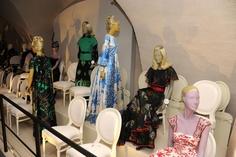 Valentino Talks Fashion as Exhibit Hits London - WWD.com