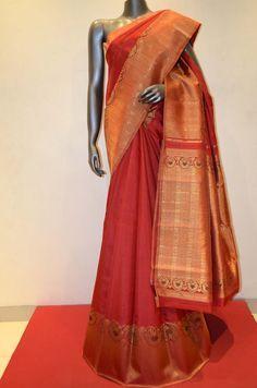 Kanjeevaram Silk Saree With Designer Zari Border Product Code: AB203894 Online Shopping: Payadi Checks Zari Border Kanjeevaram Silk Product Code: AB202604