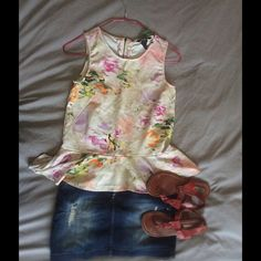 H&M Watercolor Peplum You know it! She is beautiful but it runs a little tight as you know.  Perfect condition. H&M Tops Blouses