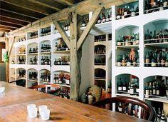 El coleccionista de espirituosos Bay van der Bunt a puesto a la venta por Internet su colección valorada en 6 millones de euros. ¿Quieres ver su web?     #bebidas #coleccionismo #edicioneslimitadas #espirituosos