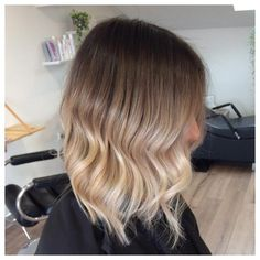 71 most popular ideas for blonde ombre hair color - Hairstyles Trends Brown Ombre Hair, Ombre Hair Color, Medium Length Ombre Hair, Beige Rose, Medium Hair Styles, Short Hair Styles, Ombré Hair, Mi Long, Hair Videos