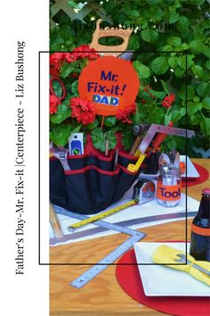 Diy Father's Day Crafts, Father's Day Diy, Fathers Day Crafts, Do It Yourself Projects, Make It Yourself, Father's Day Breakfast, Fathers Day Brunch, White Table Settings, Cool Tables