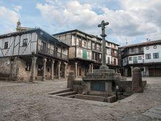 Uno de los pueblos mas pintorescos de Espaa y crisol de las culturas cristiana, juda e islmica: La Alberca (Salamanca)
