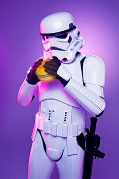 Hungry hamburger Star wars trooper by Helle Navratil Photography Creative Portraits, Master Chief, Hamburger, Photographs, Star Wars, Character, Pictures, Photos, Burgers