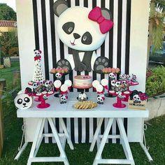 #Repost @festejaragora ・・・ Pandinha fofa #panda . . . . . #festejaragora #party #blogger #partystyle #partystylist #partydecor #partyinspiration shower #encontrandoideias #kikidsparty #partyideas #festejarcomamor #sweetbaby #balloonbackdrop #festas #festainfantil #desserttable #festademenina #partydecor #kidspartie #birthday #baptism showers #balloons #partyideas #partydecor #loucaporfestas #festalinda@sangysoficial