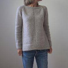 New knitting patterns pullover garter stitch ideas Christmas Knitting Patterns, Sweater Knitting Patterns, Knit Patterns, Beginner Knitting Patterns, Knitting Yarn, Diy Pullover, Garter Stitch, Pulls, Knitwear