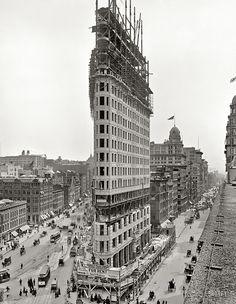 Le building Flat Iron en construction - 1902 © Photo sous Copyright SHORPY