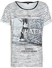 Tee-shirt rayé à imprimé