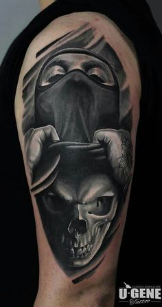 Surreal skull tattoo by @evgeniy_goryachiy at @redberrytattoostudio @molokotattoostudio