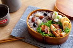 """Millet rice and chicken Mayokimuchi lunch. 