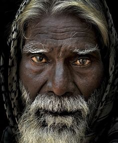Older man with white beard portrait Old Faces, Many Faces, Photo Portrait, Portrait Photography, Beautiful Eyes, Beautiful People, People Around The World, Around The Worlds, Interesting Faces