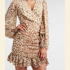Trendy Shopping - Petite Summer Dresses Petite Summer Dresses, Casual Summer Dresses, Short Long Dresses, Short Sleeve Dresses, White Pleated Tennis Skirt, Petite T Shirts, Tie Front Dress, Express Dresses, Wrap Dress