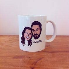 Custom Portrait Mug @lilimandrill www.lilimandrill.fr @etsy #coupleportrait  #coffee #tea #EtsyGifts #coffeelovers #etsywedding #wedding #custommug #personalizedgift  #giftforcouple #gift #weddinggift #mondaymorning #engagement #mug #coffeemug