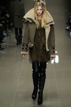 Burberry Prorsum Fall 2010 Ready-to-Wear - Collection - Gallery - Style.com