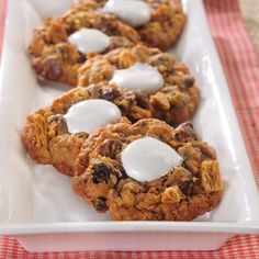 Oatmeal Raisin Chocolate Chip Mallow Cookies