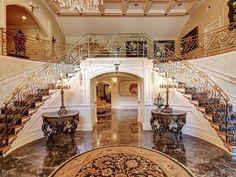 entrance | Teresa Guidice's house