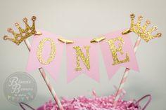 One Baby Girl Birthday Cake Topper, Glitter Gold Crown, Colored Rhinestones, Paper Straw Toper, Birthday Cake Decoration - Mia Victoria Corona - first birthday cake-Erster Geburtstagskuchen Birthday Cake Crown, Baby Girl Birthday Cake, Unique Birthday Cakes, Novelty Birthday Cakes, First Birthday Cakes, Birthday Cake Toppers, Pink Tiles, Pink Cards, Birthday Cake Decorating