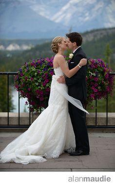 Terrace Banff Springs Hotel Wedding, Outdoor wedding