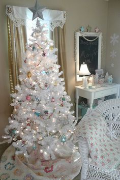 White Christmas. Love the quilt used as a skirt.